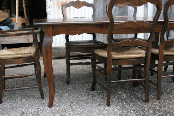Dining Tables (47)