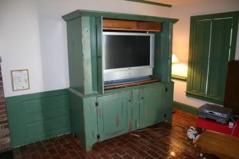 TV Stands (3)