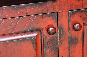 Antique-Red-On-Black-Finish