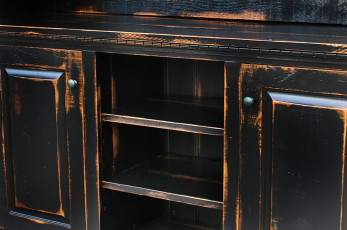 Antiqued-Black-Finish