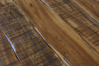 Whiskey-Finish-Worn-Planks