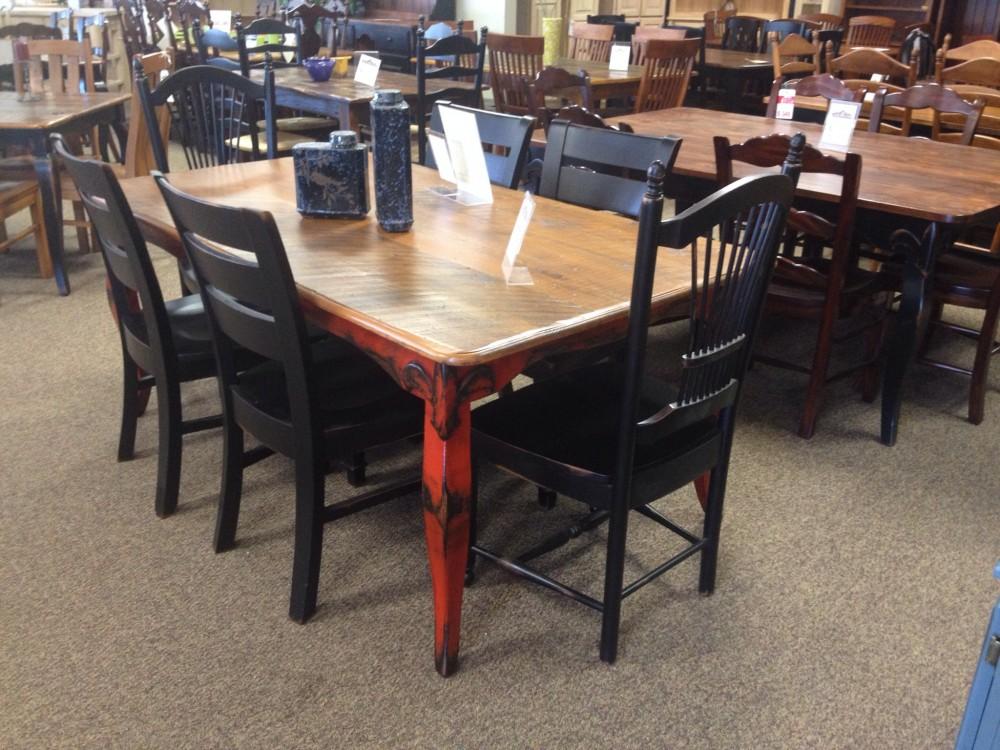 Fluer De Lis Table @ BR Store RTBR-43 SOLD