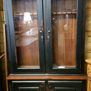 12 Gun Cabinet @ UL Store UL-R19  SOLD