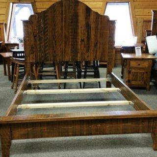 Gustavian Queen Bed @ UL Store UL-125 Sold