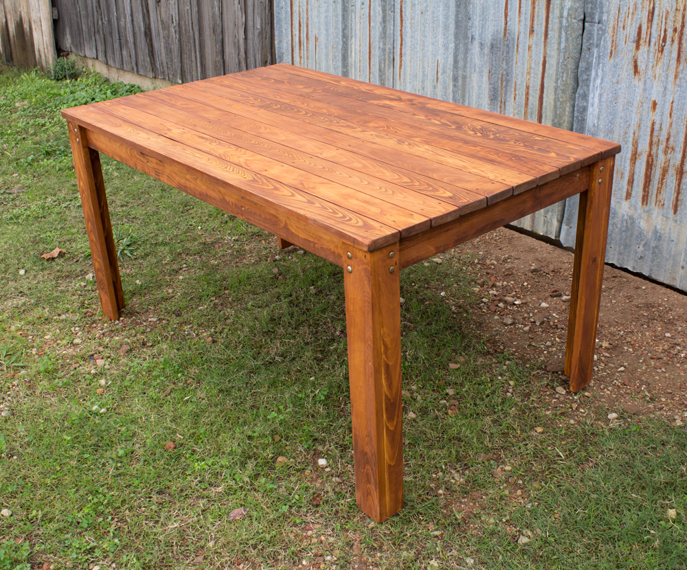 Outdoor Table 35 Legs 3