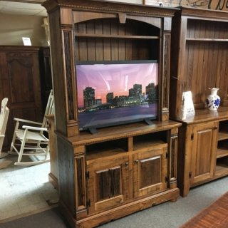 2 Pc Fleur De Lis Entertainment Center