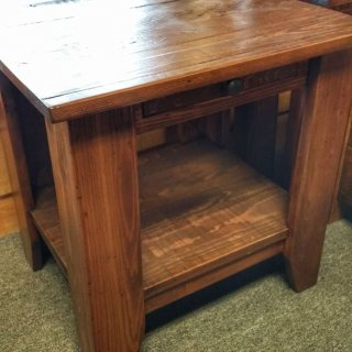 Classique End Table @UL Store UL-199 In Stock