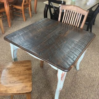"36"" x 36"" Creole Leg Table @ Baton Rouge in Stock BR-346"