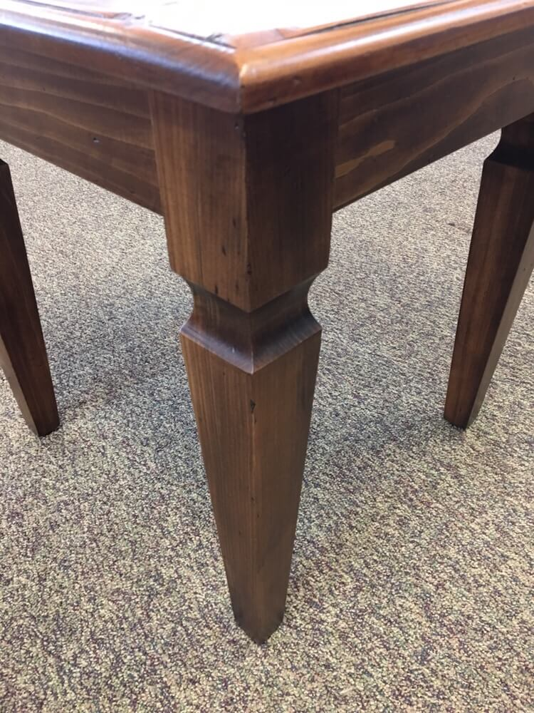 Knotched Taper Leg End Table Baton Rouge In Stock Br 395