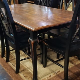 6′ Cabriole Table @UL Store UL-236 SOLD
