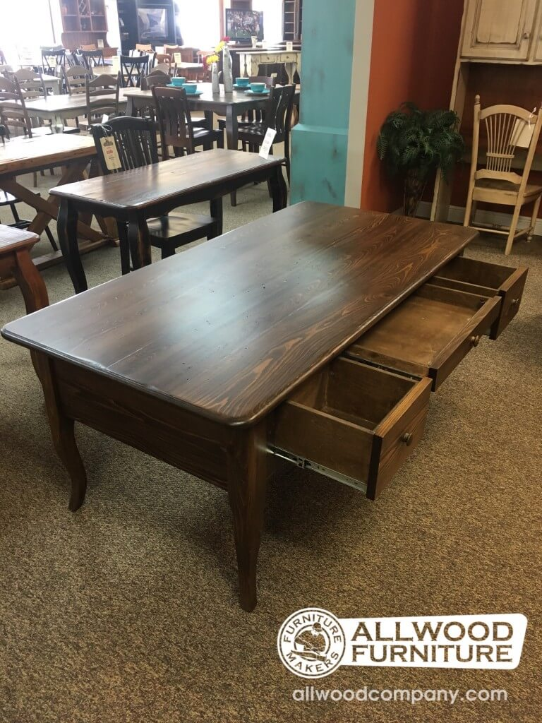 Creole Desk W 3 Drawers Baton Rouge In Stock Br 405