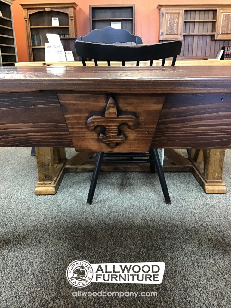 Cabin Leg Desk W Fleur De Lis Baton Rouge In Stock Br