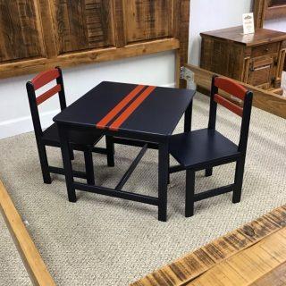"25"" X 25"" Child's Table Set @ Pinhook In Stock PH-294"